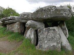 Kerbourg dolmens