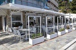 Skipper's Cafe & Restaurant
