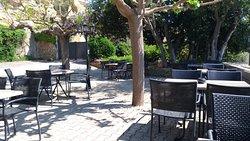 premiers rayons de soleil et températures clémentes pour notre terrasse!