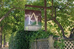 Arrowtown House Boutique Hotel