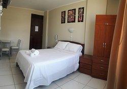 Hotel Roussean