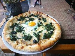 Pizza Contadina.