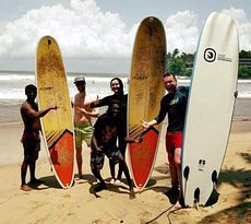 Hippie Surf School & Surf Camp