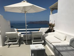 Best Hotel in Santorini