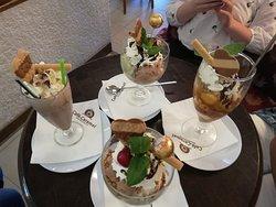 Cafe Eisdiele Caramel