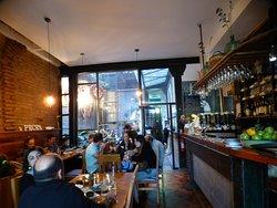 Parte del Restaurant y Bar