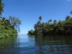 Rivière Tahiti itin river Tahiti iti