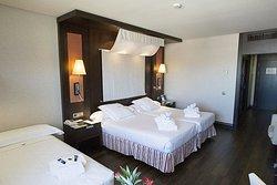 โรงแรมคอร์โดบา เซ็นเตอร์