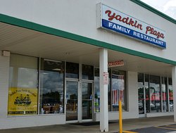 Yadkin Plaza Family Restaurant