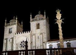 Pelourinho Se Catedral Porto
