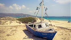 Lecker mit schöner Aussicht an einem der schönsten Strände auf Naxos
