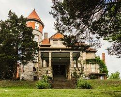 The Mansion at Elfindale Bed & Breakfast