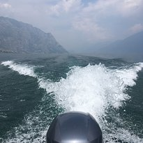Limone Rent Boat