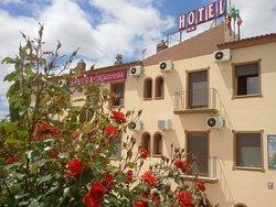 Riavela Hotel