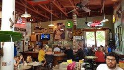 Güeros Bar