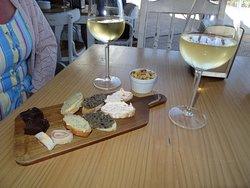 Eatalian Wine & Food