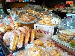 Elena's Bakery & Cafe