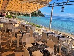 Mare Azzurro Cafe Restaurant