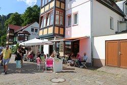 Backerei & Eiscafe Hubner