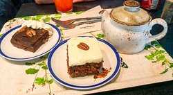 Tea & cake for two