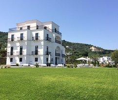 Superb hotel in Sorrento!