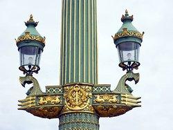 Lampadaires Colonnes Rostrales