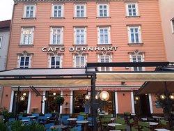 Cafe Restaurant Bernhart - Pension Keltenhof