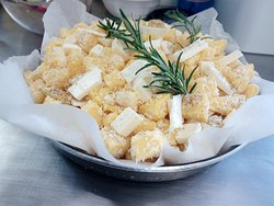 Dadolata di polenta cacio e pepe