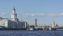 Step2SPb Saint Petersburg Boat tours with Audioguide in 7 languages
