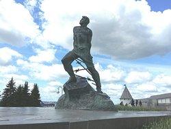 Musa Jalil Statue