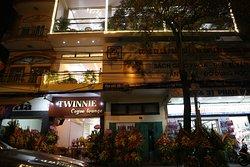 Twinnie Coffee Lounge