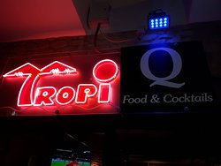 Tropi Q Food and Cocktails