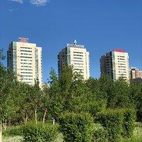 Bauyrzhan Momyshuly Park