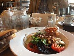 Veggie English - spinach Haloumi, mushroom, tomato, poached eggs, beans