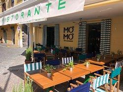 Mo Mo Kitchen & Bar