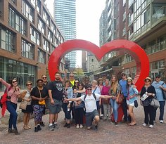 Toronto Free Walking Tours