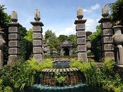 The Earl's Garden