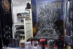 Game of Thrones Split Fan Shop
