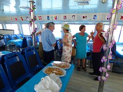 salon interior catamaran mundo marino gandia