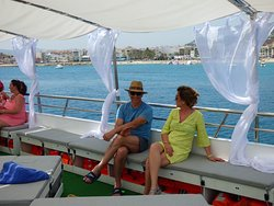 paseo en catamaran mundo marino gandia