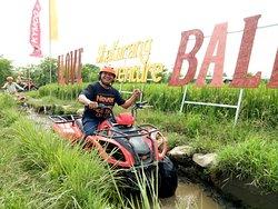 Kitkat Bali Tour