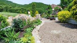 Hiruzen Herb Garden Herbill