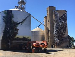Just across from the pub is this great Silo Art, then, another a few minutes up the road at Deve