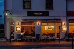 Kaiser Lounge