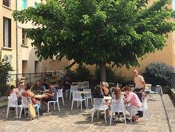 Kosmos Cafe