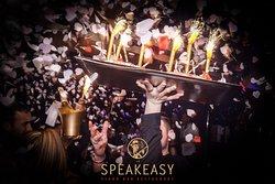 Le Speakeasy Club