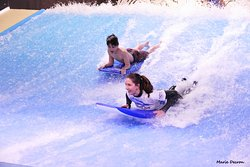 Wave Surf Café