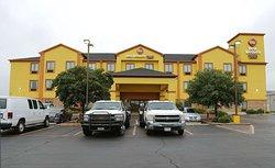 Best Western Plus Schulenburg Inn & Suites