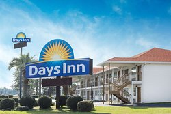 Days Inn by Wyndham Ashburn