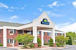 Days Inn & Suites by Wyndham Siler City